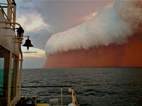 -An incredible image taken in Australia in 2014 of a mega-dust storm. Mother Nature can be both beautiful and dangerous at the same time.