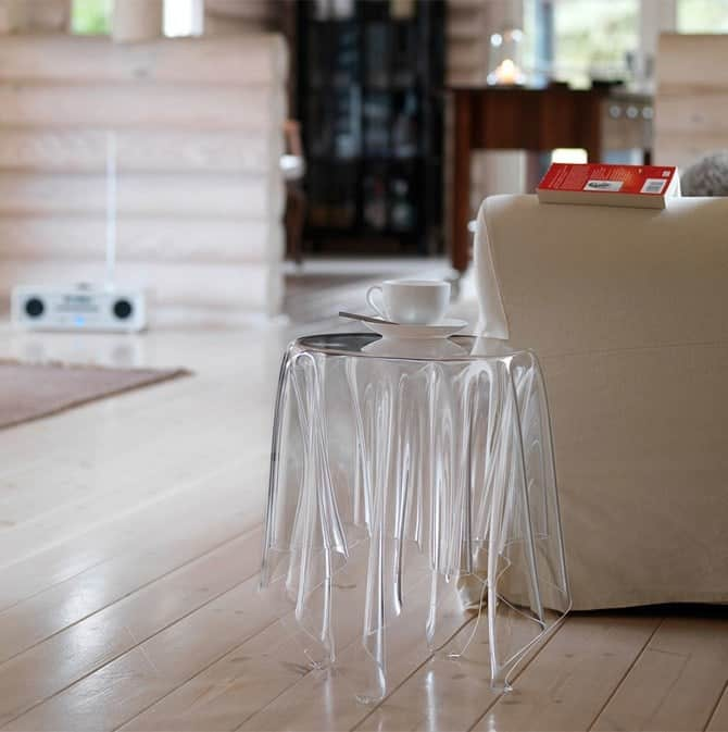 Ghost-Table_670