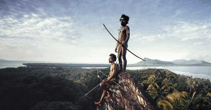 20 Stunning Photos Of The World's Disappearing Tribes