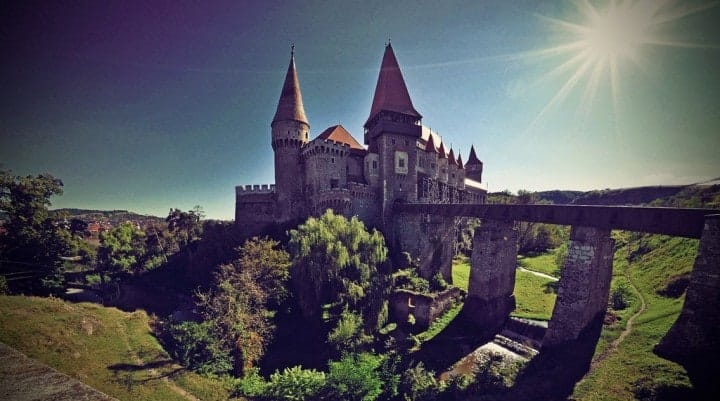 Corvin Castle at Hunedoara, Transylvania, Romania by fusion-of-horizons