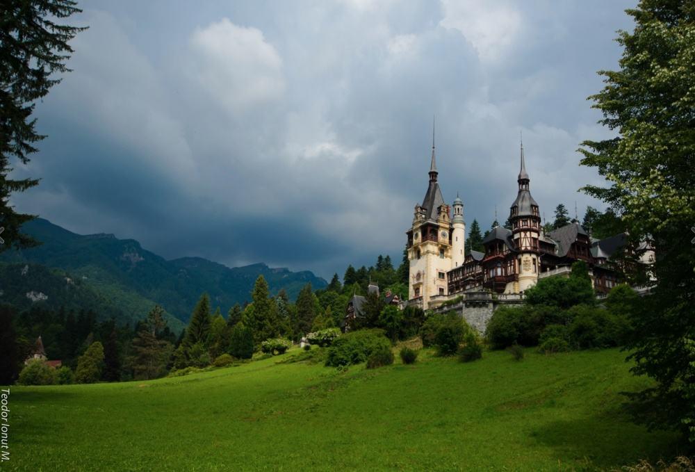 © Teodor Ionut Peleș Castle.