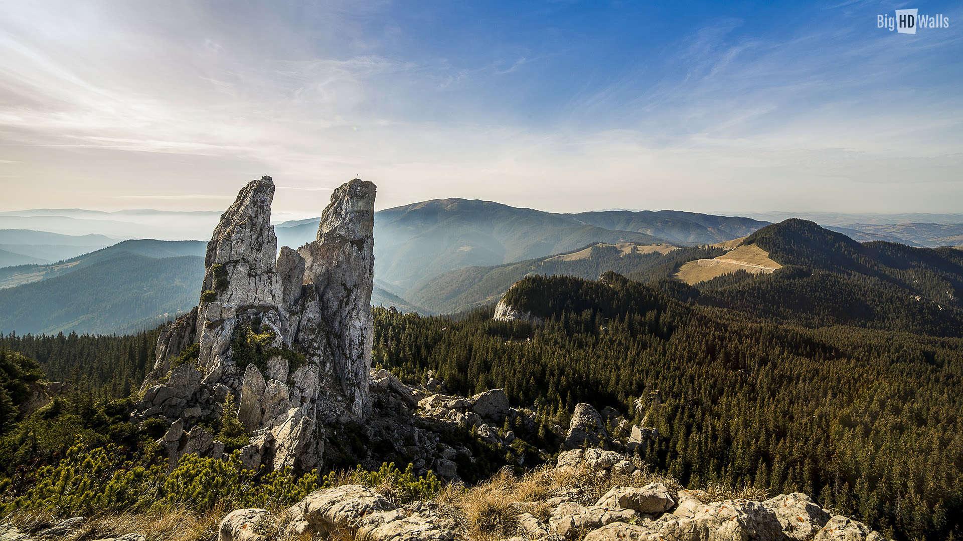 Rarau Mountains: Panoramic Views and Easy Hikes