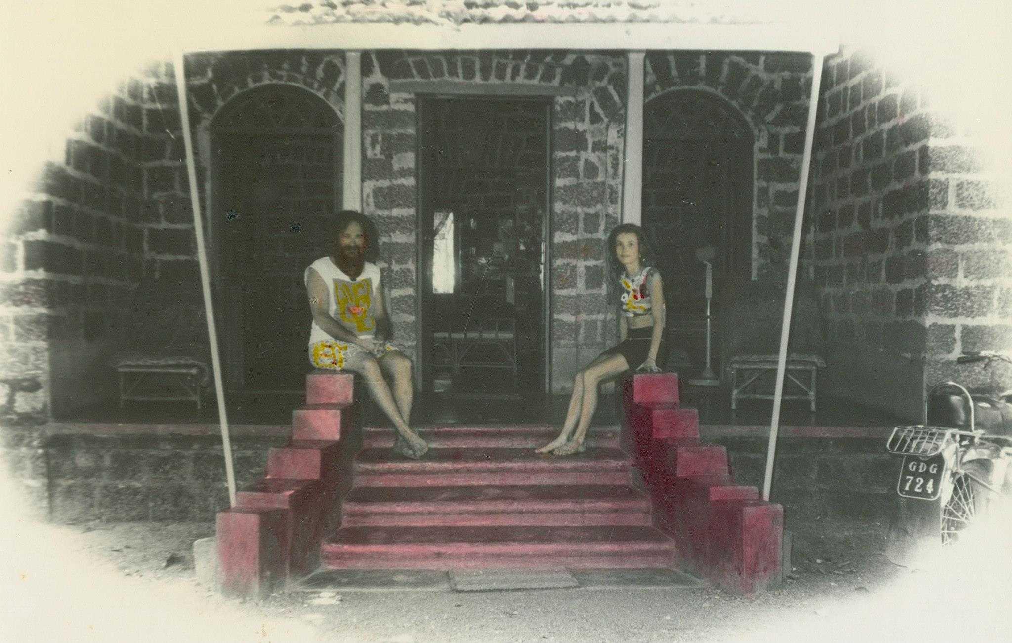 Goa Gil & Arriane in their house in Goa in the early 1970s (Photo by Goa Gil).