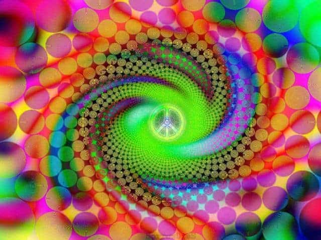 "The intense visual phenomena induced by psychedelic drugs have inspired some remarkable art Source: Psy – ""Pink"" – Peace by sorrowdiess"