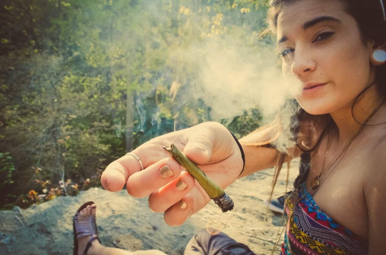 girl sharing weed
