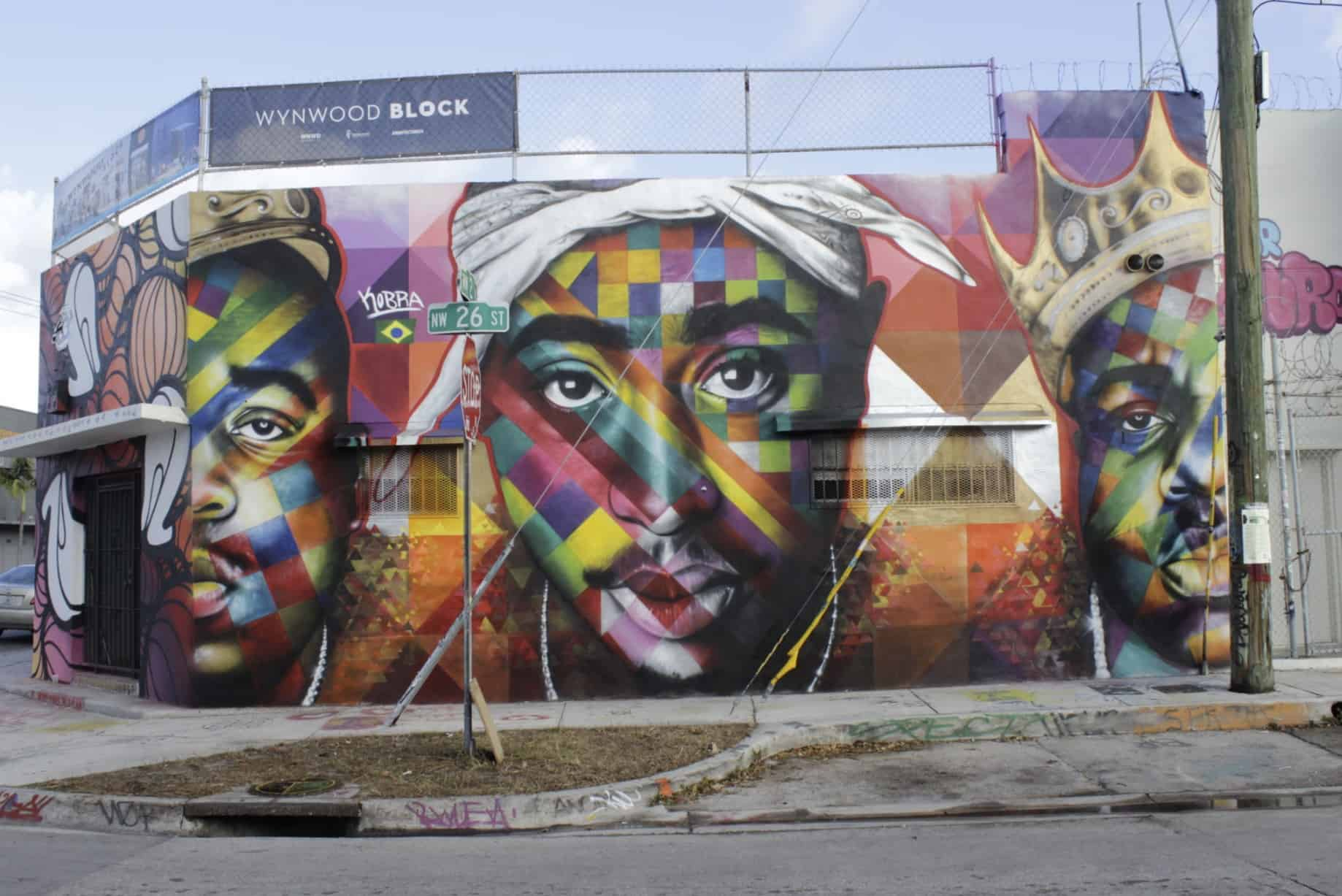 Meet the greatest graffiti artist in the world eduardo kobra for 2pac mural new york