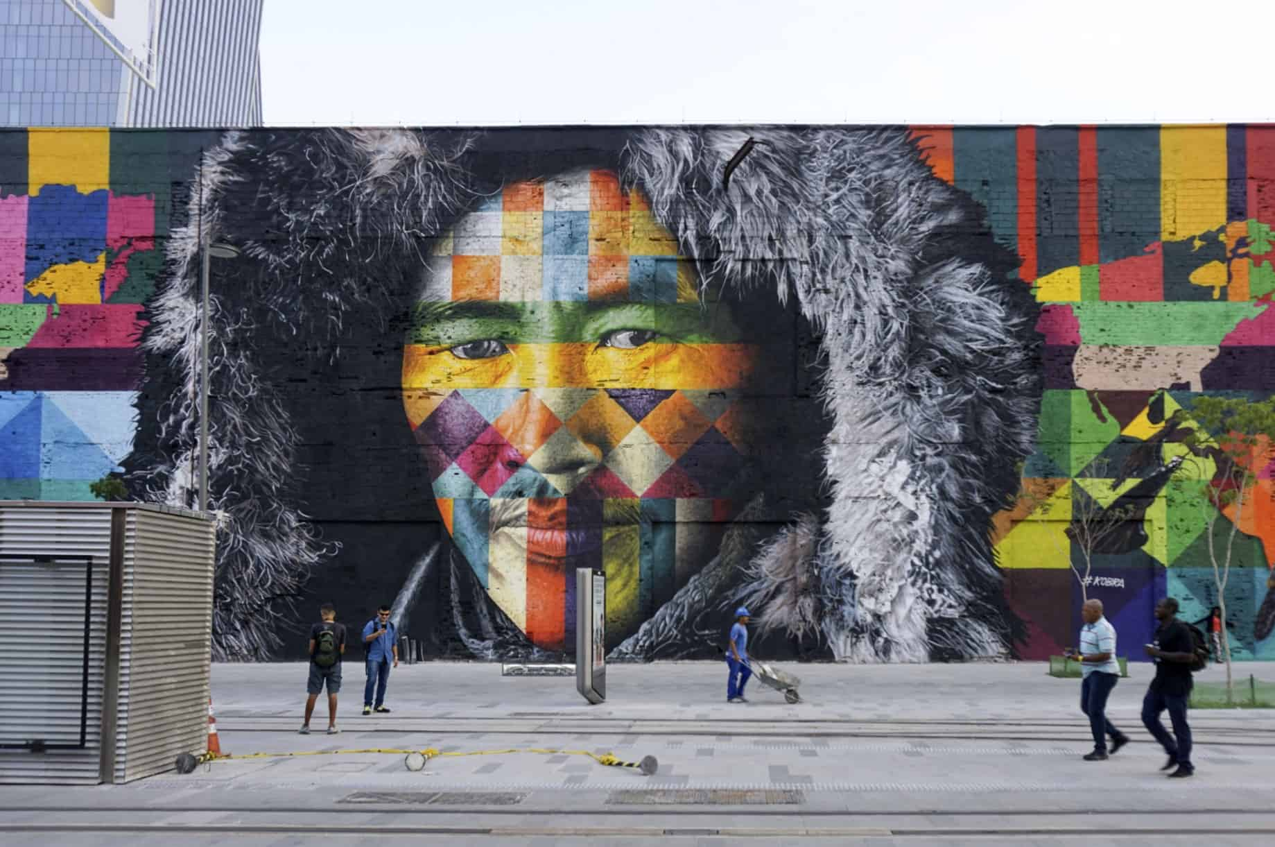 ethnicities art by Eduardo Kobra