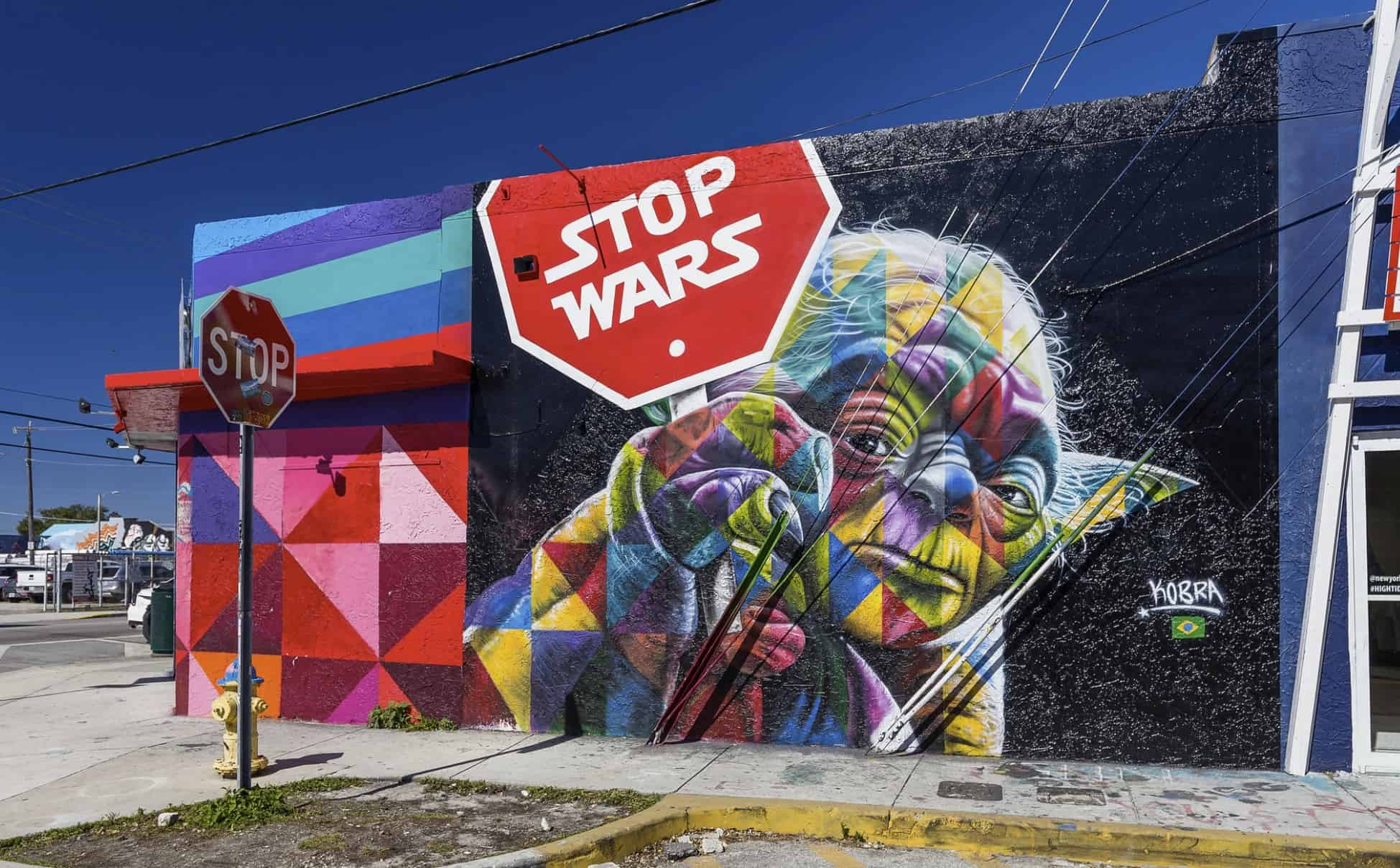 stop wars (Miami, United States 2018) art by Eduardo Kobra
