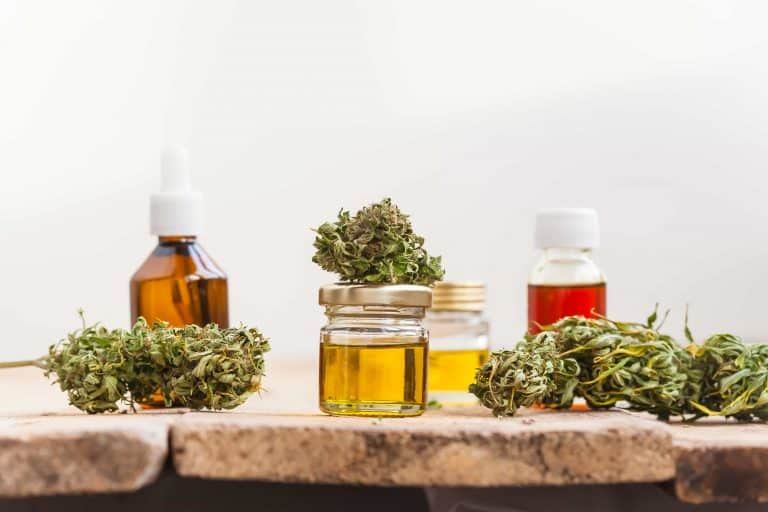 Everything You Need to Know About Using CBD Oil for Pain and Anxiety