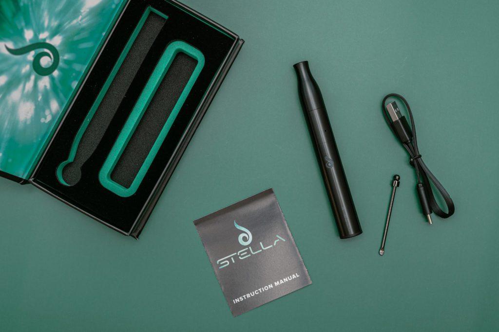 Dr. Dabber Stella Wax Vaporizer Pen accessories